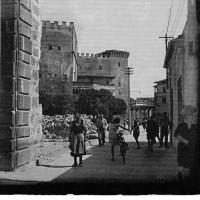 33-piti-con-resti-bombardamento