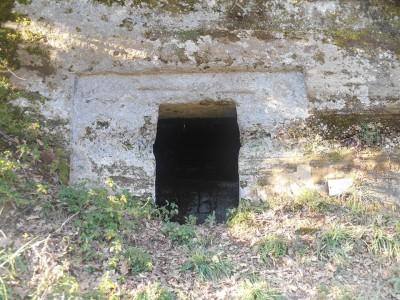 Ingresso tomba etrusca Sovana