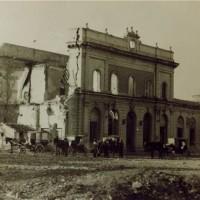 La stazione di Grosseto devastata dai bombardamenti (Foto archivio Isgrec)