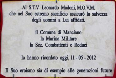 Lapide dedicata a Madoni